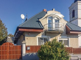 Nice home in Balatongyörök w/ WiFi and 4 Bedrooms