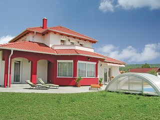 Amazing home in Gyenesdiás w/ WiFi and 4 Bedrooms