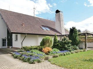 Beautiful home in Hluboka n/Vltavou w/ WiFi and 4 Bedrooms (TBS141)