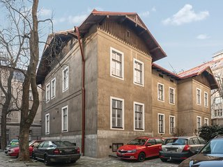 Amazing home in Praha 7 w/ WiFi and 1 Bedrooms