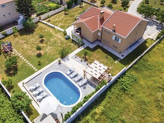 Stunning home in Vrsi w/ WiFi and 4 Bedrooms