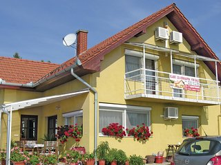 Awesome home in Balatongyörök w/ WiFi and 4 Bedrooms