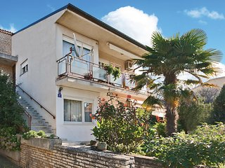 Awesome home in Medulin w/ WiFi and 2 Bedrooms