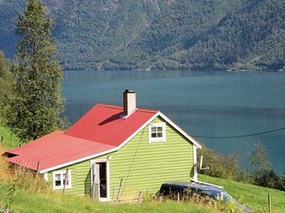 Beautiful home in Fjærland w/ 2 Bedrooms