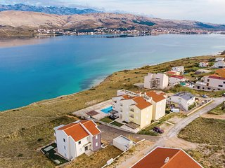 Stunning home in Pag w/ WiFi and 2 Bedrooms