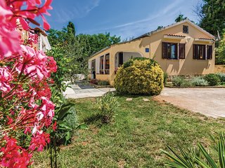 Amazing home in Medulin w/ WiFi and 2 Bedrooms