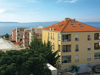 Amazing home in Split w/ WiFi and 1 Bedrooms