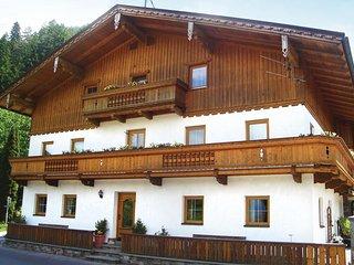 Beautiful home in Fügen w/ 3 Bedrooms (ATI060)