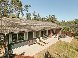 Beautiful home in Aakirkeby w/ WiFi and 3 Bedrooms