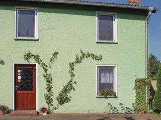 Nice home in Kargow w/ 2 Bedrooms (DMV413)