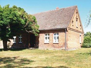 Amazing home in Lärz w/ 3 Bedrooms