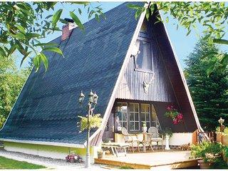 Beautiful home in Probst-Jesar w/ 2 Bedrooms