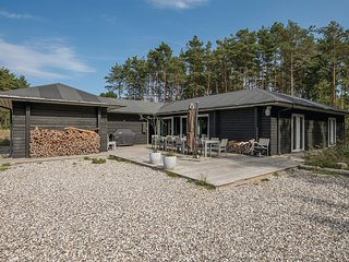 Nice home in Hadsund w/ WiFi and 5 Bedrooms (D6012)