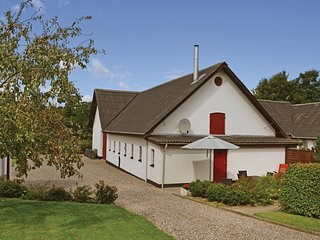 Stunning home in Fårup w/ WiFi and 4 Bedrooms (D60812)