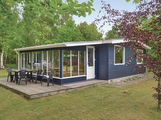 Stunning home in Hadsund w/ WiFi and 3 Bedrooms