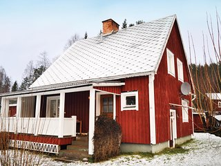 Awesome home in Likenas w/ Sauna, WiFi and 3 Bedrooms