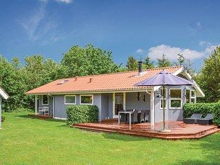 Stunning home in Storvorde w/ Sauna, WiFi and 3 Bedrooms