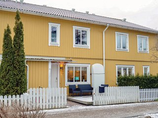 Stunning home in Gustavsberg w/ Sauna, WiFi and 3 Bedrooms (S70143)