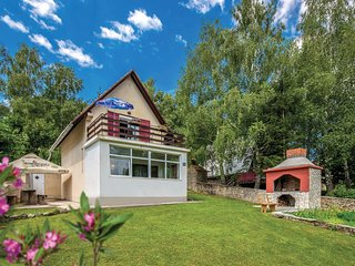 Nice home in Breze w/ WiFi and 2 Bedrooms