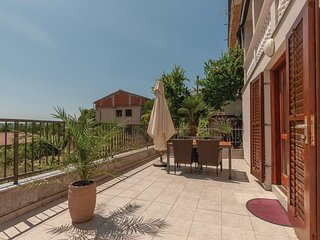 Nice home in Pirovac w/ WiFi and 1 Bedrooms (CDJ467)