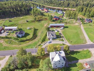 Stunning home in Likenäs w/ WiFi and 4 Bedrooms