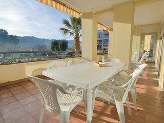 Stunning home in Calvi w/ 2 Bedrooms (FKO381)