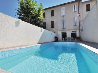 Beautiful home in Bize Minervois w/ Sauna, WiFi and 4 Bedrooms