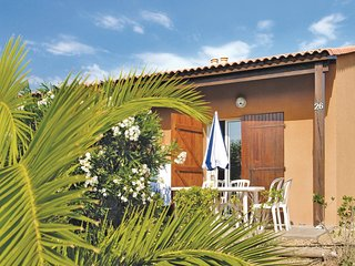 Nice home in Narbonne Plage w/ 2 Bedrooms