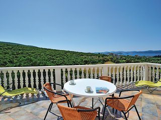 Beautiful home in Sv.Petar w/ WiFi and 2 Bedrooms