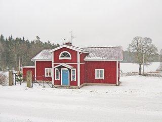 Beautiful home in Johannishus w/ 4 Bedrooms