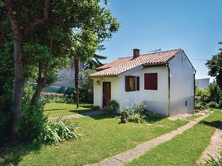 Awesome home in Pula w/ WiFi and 1 Bedrooms