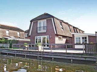 Amazing home in Breukelen w/ 3 Bedrooms and WiFi (HUT020)