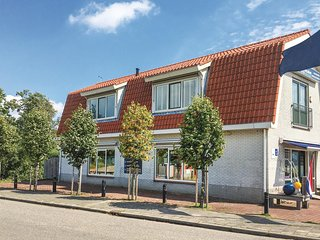 Awesome home in Breukelen w/ WiFi and 3 Bedrooms (HUT024)