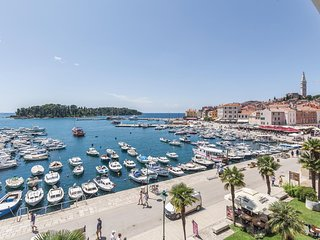 Beautiful home in Rovinj w/ 2 Bedrooms
