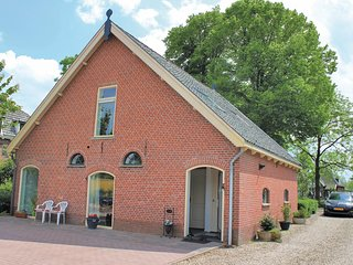 Beautiful home in De Meern w/ WiFi and 3 Bedrooms (HUT038)