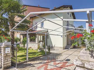 Awesome home in Rovinj w/ WiFi and 3 Bedrooms