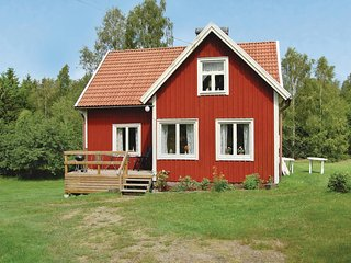 Awesome home in Eringsboda w/ 2 Bedrooms (S03206)