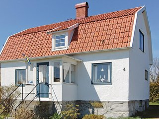 Stunning home in Sölvesborg w/ 4 Bedrooms (S03333)