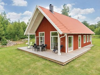 Stunning home in Holmsjö w/ 3 Bedrooms