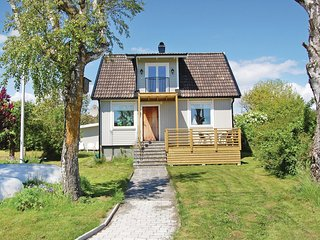 Nice home in Solvesborg w/ 2 Bedrooms