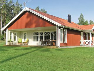Amazing home in Vittaryd w/ Sauna and 4 Bedrooms