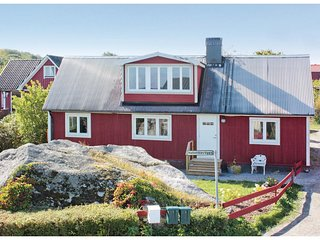 Awesome home in Solvesborg w/ WiFi and 3 Bedrooms