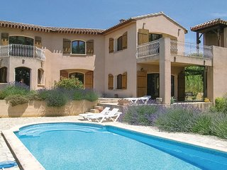 Nice home in Paraza w/ Outdoor swimming pool, WiFi and 3 Bedrooms (FLA230)