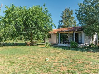 Beautiful home in Loborika w/ WiFi and 2 Bedrooms (CIC469)