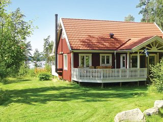 Awesome home in Annerstad w/ Sauna and 2 Bedrooms