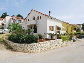 Stunning home in Vrboska w/ WiFi and 2 Bedrooms