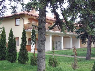 Nice home in Fonyód w/ 1 Bedrooms