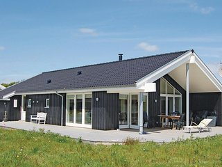 Awesome home in Rudkøbing w/ Sauna and 4 Bedrooms