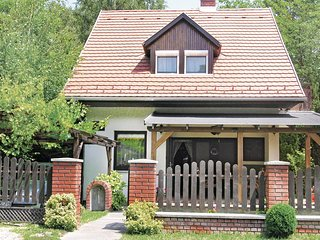 Nice home in Balatongyörök w/ WiFi and 2 Bedrooms