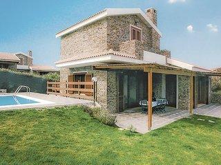 Een vakantiehuis met een mooi uitzicht op zee (ISD410)